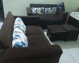 4 seater sofa with 2 puffies