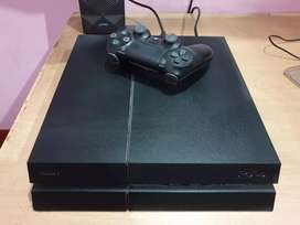 PS4 1TB (Perfect condition)