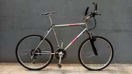 Sepeda Gunung Kuwahara M3.5 parkway