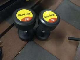 Pair of 20 kg dumbbell rs 5000 only