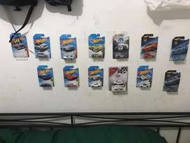 Hotwheels,mini gt dll