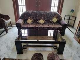 Sofa set with table