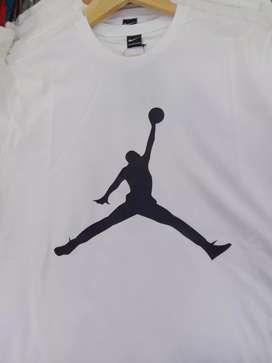 Kaos Allsize Air Jordan