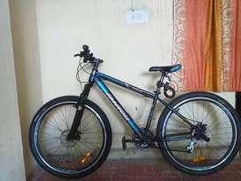 Fantom cycle 002 24speed bike good condition bike