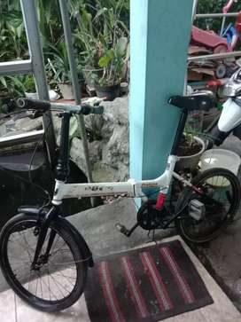 Sepeda lipat aleocca pratiche