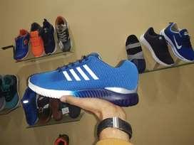 Lancer man sports shoes