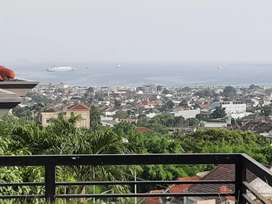 Rumah MEWAH View Laut dan KOTAMADYA
