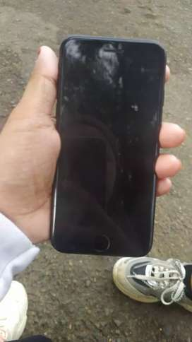 Jual iPhone 7 128 GB  black