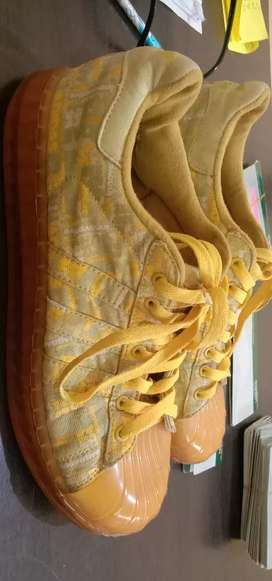 Adidas limited yellow super star clear sole size 44