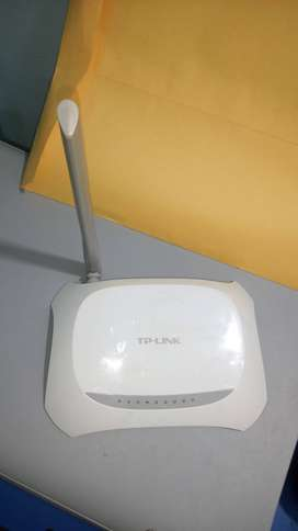 TP-LINK 150Mbps Wireless Network Modem + Router + Wifi Router