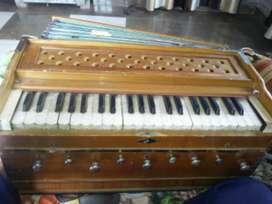 Harmonium kharj