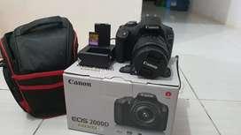 Camera canon 2000D