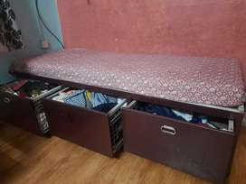 Divan with big  storage 3 drawers (good quality powder coating )