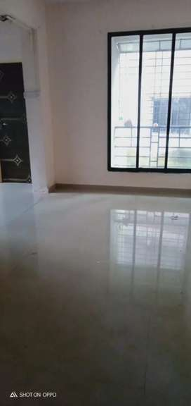 FOR SALE 2 BHK FLAT IN GHANSOLI SECTOR 16 GAOTHAN PROPERTY 2 YEARS OLD