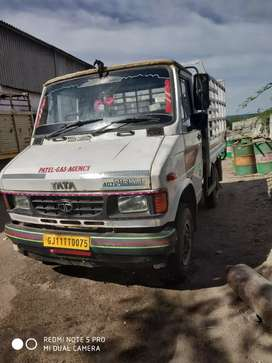 Pick up  Tata 407