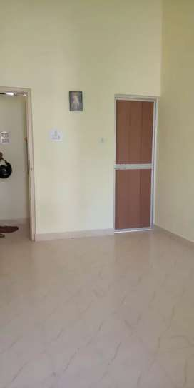 Flat for rent in borda area price 13000