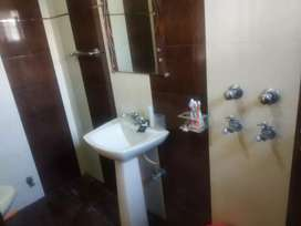 pg for boys with  kitchen washroom