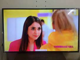42 inch UHD new Smart android 4k led tv at best price