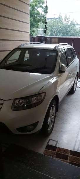 Hyundai Santa fe Top model 4wd SUV 7Seater Automatic