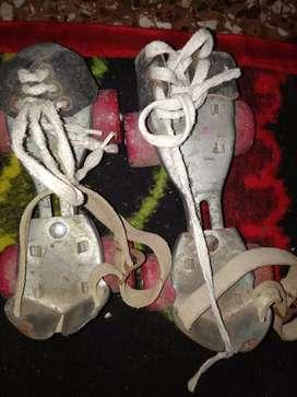 4 wheels skatings