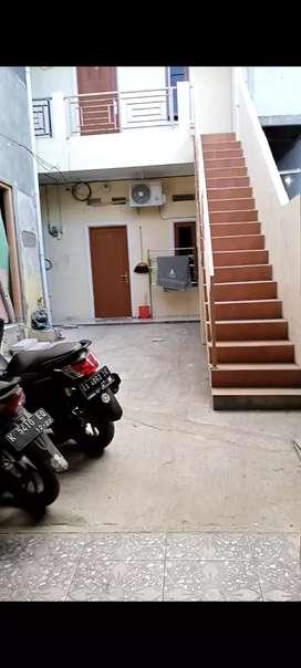 Rumah kontrakan 3 petak di lantai bawah