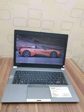 Obral Laptop Ringan TIPIS Toshiba Z series core i7 ram 8gb SSD256GB