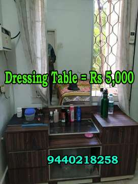 Tea pai & Dressing table & chairs