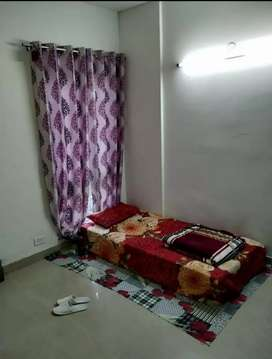 2 rooms with attached bathroom are available in sec 82