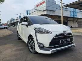 Toyota Sienta Q 1.5 AT th 2016 Km.40rban Tgn ke1 Unit dijamin Ok