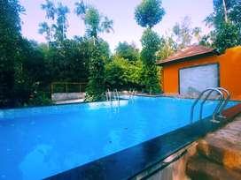 Luxury resort for rent per head 750