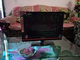 Universal (LED TV)