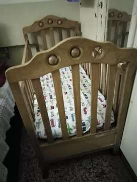 Baby Coat with mattress In cheap rate, Good Condition, Best offer!