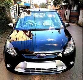 Ford Figo FIGO 1.2P TITANIUM, 2011, Petrol