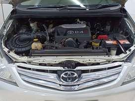 Innova Tipe V 2.5 Diesel Matic 2008 Pajak Panjang