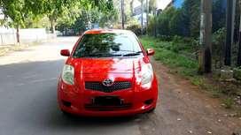 Toyota yaris E matic 2006