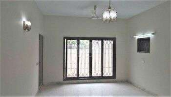 Gulshan Blk.5 commercial 1stfloor portion 600.yds with 2nd-flr roof 0