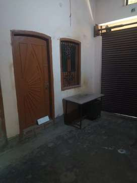 Room Rent for Students and couple Only allow