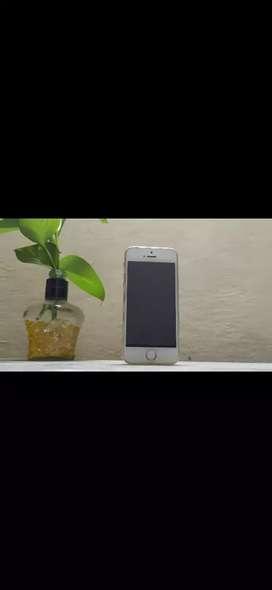 Iphone 5s- 32 GB