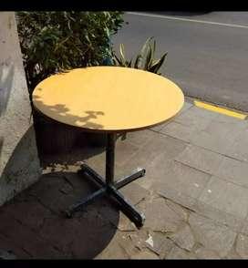 Meja bulat meja cafe- meja kedai- meja resto- meja makan