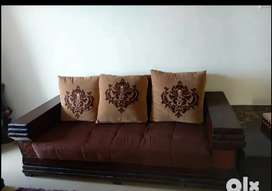 7 seater sofa with center table