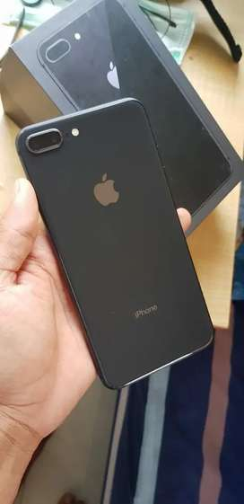 Iphone 8 plus 64gb mulus terawat fullset lengkap siap pakai
