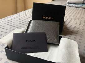 PRADA - SAFFIANO Leather Money Clip Wallet Authentic (New)