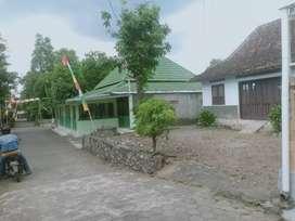 Jual tanah luas bonus rumah di Palagan Km 9 Ngaglik dekat Rejodani