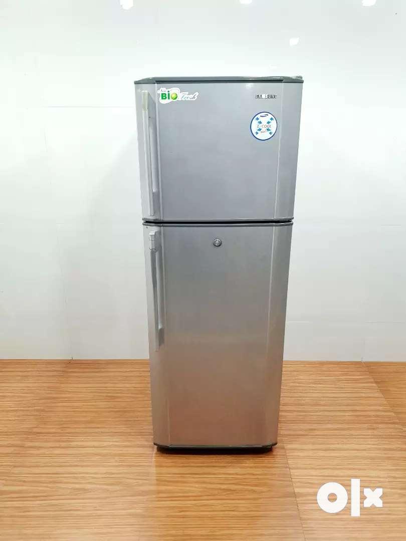 Samsung biofresh double door 250 litre refrigerator 0