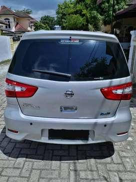 Nissan Grand Livina AT 2017 (over kredit)