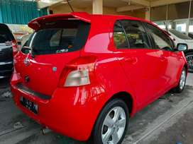 Jual mobil Yaris 2007 warna merah