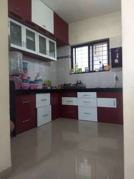 Single room available for female in 2bhk flat...