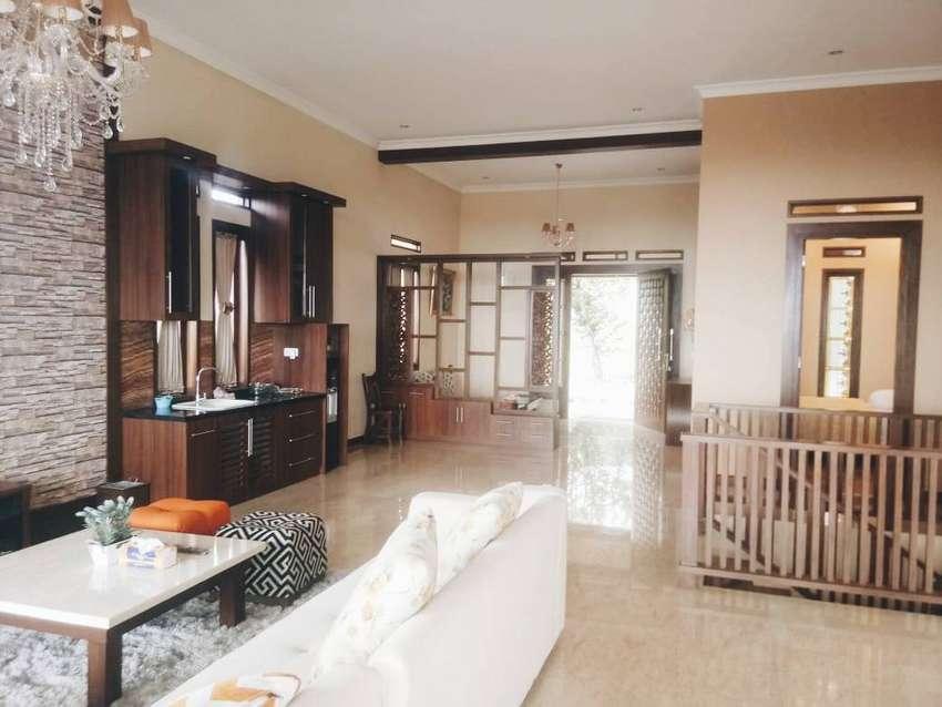 Rumah Mewah Furnished Dago Resort View Bandung Murah 0