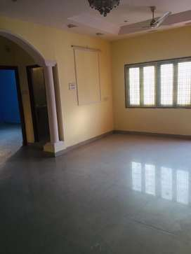 Spacious 2BHK apartment for rent at brindawan colony, tolichowki