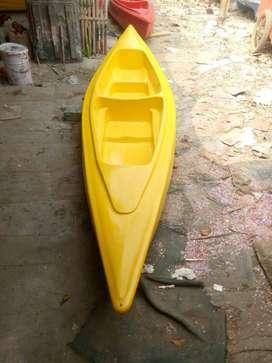 Perahu kano fiber